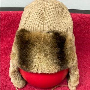 CHIE MIHARA fur trimmed rib knit hat beige size L